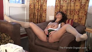 The Female Orgasm: Zahra in her Chair