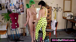 Lovely hairy babe Emerald licked by gorgeous dark haired babe Natalie