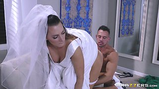 A beautiful gal in her wedding dress being drilled buttffuck