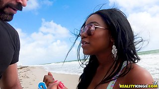 Kinky shagging session with alluring ebony chick Jenna J Foxx