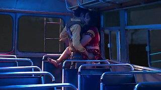 Bhabhi has sex in the bus