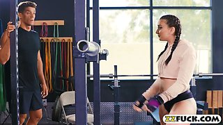 Kinky tattooed babe Mandy Muse anal fucked in the gym