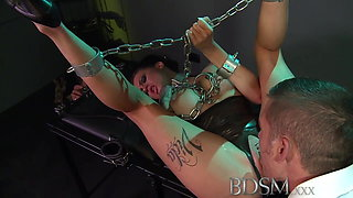 BDSM XXX Sexy tattooed Slave girl gets mouth full of cock