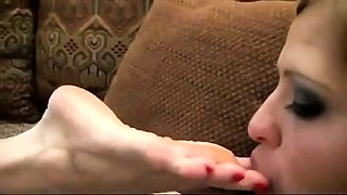 Kiss with Foot in the Middle 8 foot fetish lesbians
